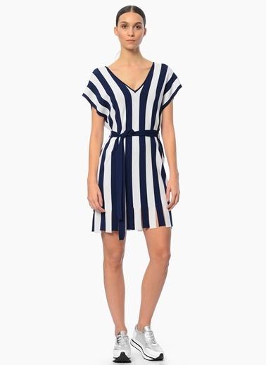 Network V Yaka Çizgili Mini Elbise Lacivert